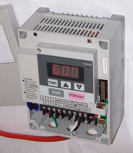 عکس دستگاه کنترل دور فرکانسی موتور (vsd)