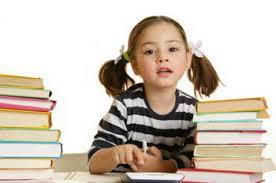 تحصیل دختران خرمشهری در کنار فاضلاب